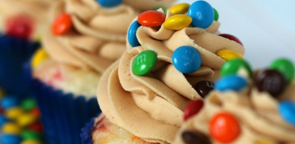 Peanut-Butter-MM-Cupcakes