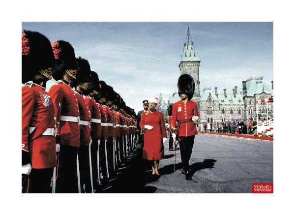 england royal guard queen humour campaign
