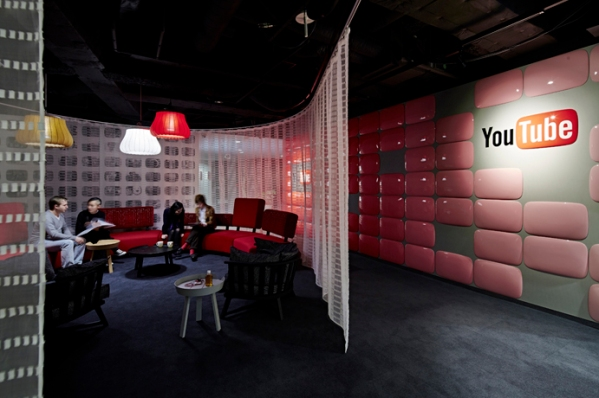 youtube-office-mori-tower-tokyo-japan-bureaux-rouge-internet-studios-8